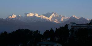 Himalayan-Range,-Darjeeling,-India.jpg