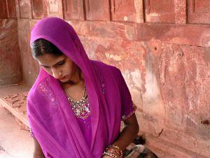 Woman,-Taj-Mahal,-India.jpg