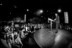 Mulcair-w-press-leadership-conv.jpg