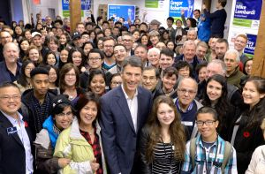 Mayor-Robertson,-Campaign-image-2014.jpg