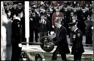 Mayor-Robertson,-Remembrance-Day.jpg