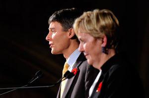 Mayor-Robertson,-Suzanne-Anton-debate-2011.jpg