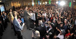 Mayor-Robertson,-Victory-party-2011.jpg
