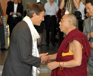 Mayor-Robertson-with-HRH-Dalai-Lama.jpg