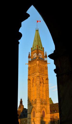 Parliament-Hill-2-c76.jpg