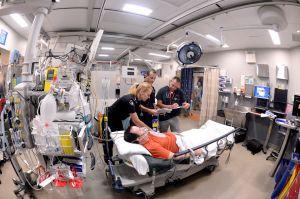 Ambulance-Paramedics-2.jpg
