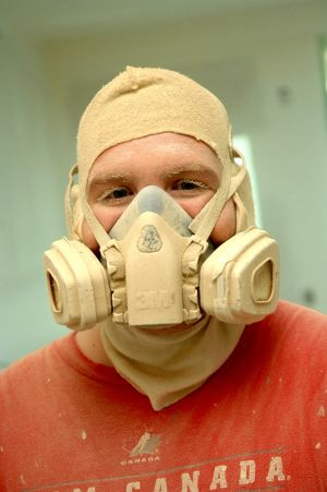painter-with-respirator.jpg