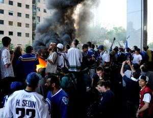 Stanley-Cup-Riot.jpg